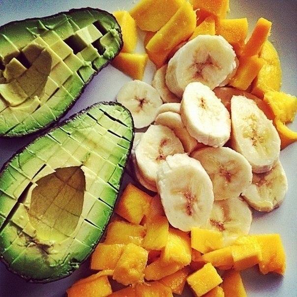 10 вариантов разгрузочных дней. Сохраните себе! Пригодится! 1. Фруктовый 1,5 кг свежих фруктов ...