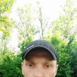 Богдан, 31 год, Умань