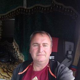 олег, 52 года, Белгород
