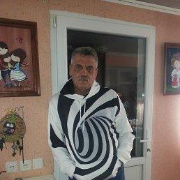 Андрей, 59 лет, Христиновка