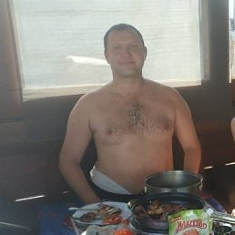 Василий, 36 лет, Омский