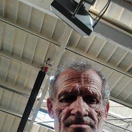 Иван, 63 года, Киев