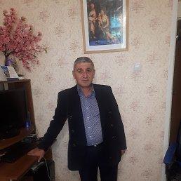 Алеко, 54 года, Троицк