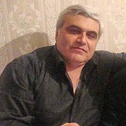 Аркадий, 57 лет, Адлер
