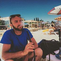 Олег, 36 лет, Каховка