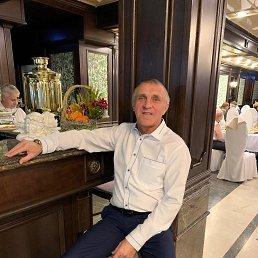 Александр, 59 лет, Омск
