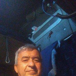 Валерий, 54 года, Заинск