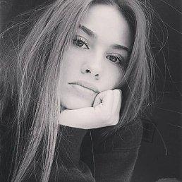 Ксения, 28 лет, Малин
