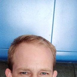 Олег, 24 года, Беляевка