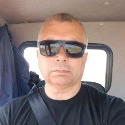 Иван, 55 лет, Нижнекамск