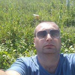 Алексей, 34 года, Молодогвардейск