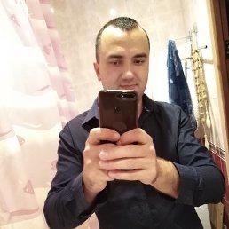 Виктор, 36 лет, Руза