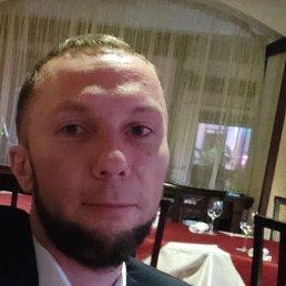 Егор, 32 года, Электрогорск
