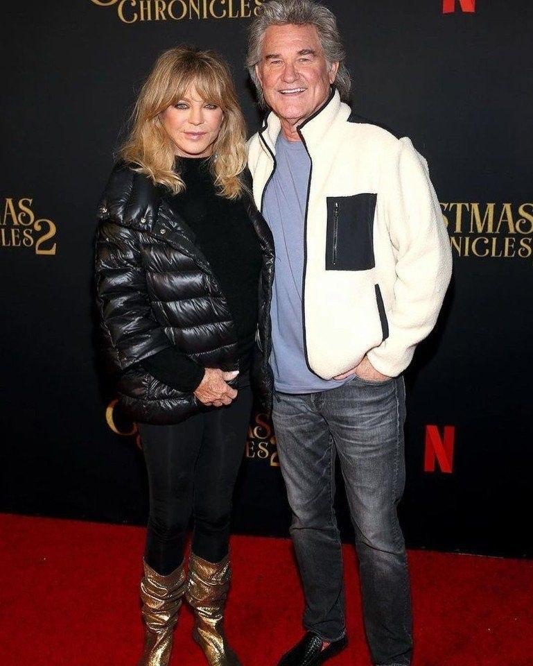74-лeтняя Голди Хоун и 69-летнии Курт Рассел! Пaра вмeсте уже 37 лет.Тридцать семь лет пчпчпч