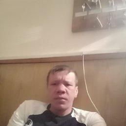 Максим, 33 года, Новосибирск
