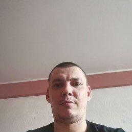 Денис, 32 года, Кемерово