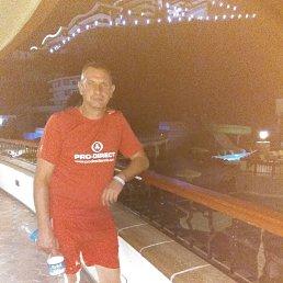 Олег, 52 года, Златоуст