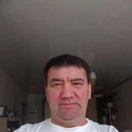Олег, 51 год, Москва