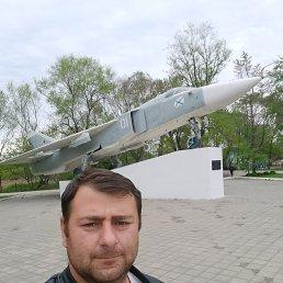 Геннадий, 34 года, Владивосток