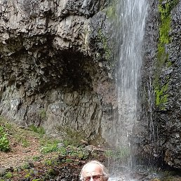 Анатолий, 64 года, Владивосток