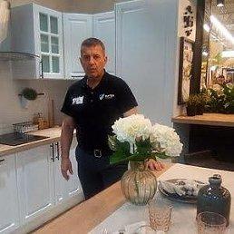 Михаил, 58 лет, Тверь