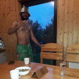 Шохруз, 29 лет, Владивосток