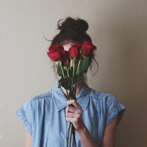 Кто будет петь, если все будут спать? Смерть стоит того, чтобы жить. Любовь стоит того, чтобы ждать. ...