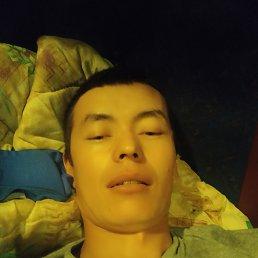 Мирбек, 29 лет, Бишкек