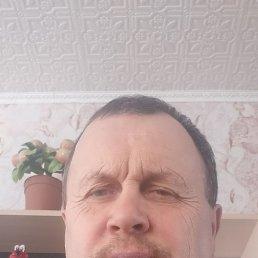 Виктор, 53 года, Омск